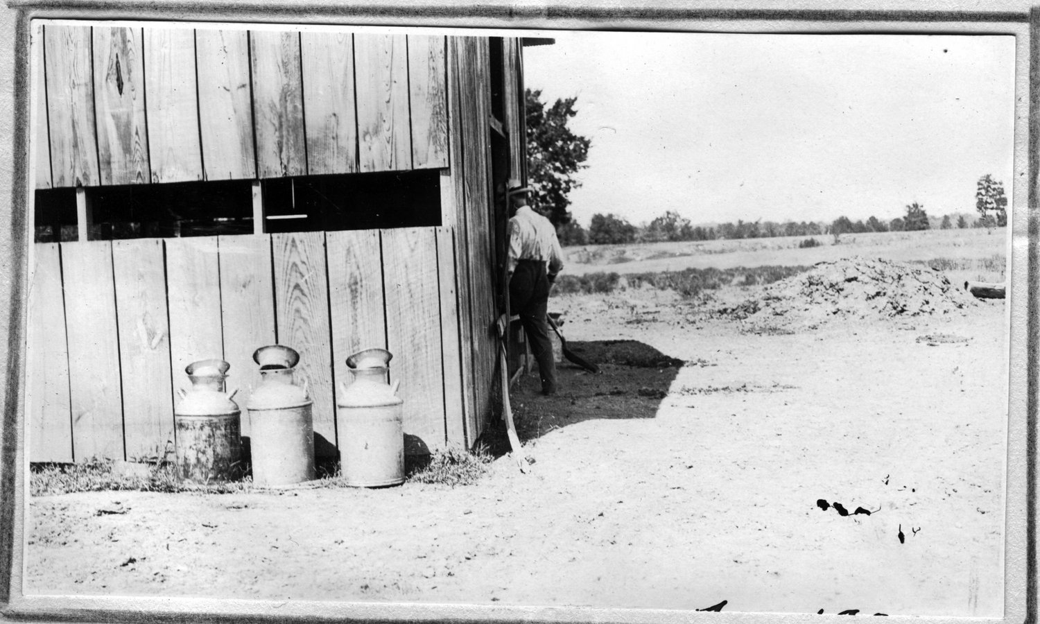 155~J. R. Fiveash Barn Aug 1920.jpg